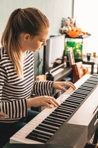 Best Piano Keyboards for Beginners India